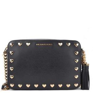 dc9ce4b4fe4f Michael Kors Bags - 🖤 Michael Kors Hearts Crossbody Bag 🖤